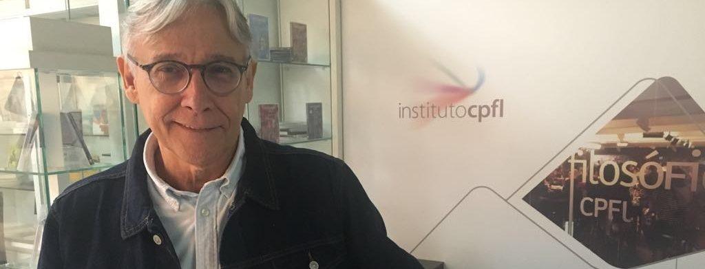 Diretor de teatro Abílio Guedes, na Cia CPFL de Teatro desde de seu surgimento